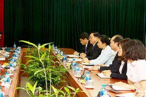 Tổng Giám đốc Dương Quyết Thắng tiếp Giám đốc MicroSave