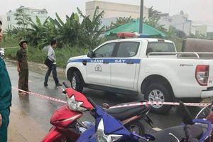 Gã thanh niên đâm nhiều nhát vào cổ và vai tài xế rồi cướp xe máy tẩu thoát