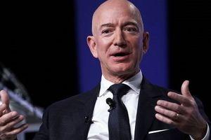 Jeff Bezos: 'Nếu một ngày Amazon phải sụp đổ, chúng tôi sẽ cố gắng để ngày đó đến thật chậm'