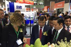 Bộ NN-PTNT tham gia gian hàng tại Foodexpo 2018