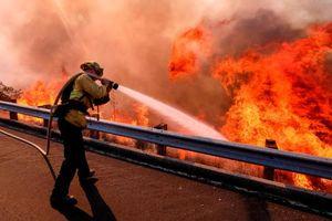 Nỗ lực khắc phục hậu quả cháy rừng tại California