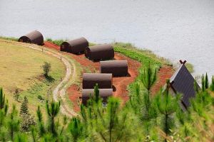 Lâm Đồng yêu cầu làm rõ việc xây dựng trái phép 19 căn nhà ở hồ Tuyền Lâm