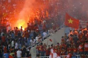 Sân Mỹ Đình đặt camera giám sát CĐV mang pháo sáng trận Việt Nam vs Malaysia