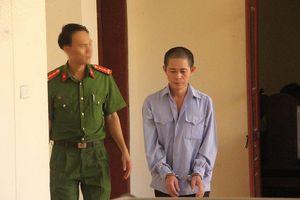 Anh vợ dùng lưỡi lê đâm chết em rể lĩnh 17 năm tù giam