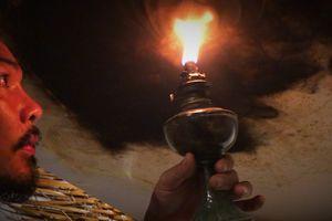Tiếng nói thiên nhiên qua khói lửa tranh họa sĩ Trung Nghĩa