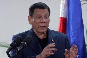 Tổng thống Philippines bỏ họp ASEAN để… ngủ
