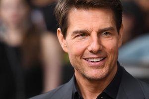 Tom Cruise bị sa thải vì chiều cao khiêm tốn
