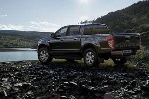 Ford Việt Nam công bố giá bán cho một loạt các phiên bản của hai dòng xe Ranger và Everest mới