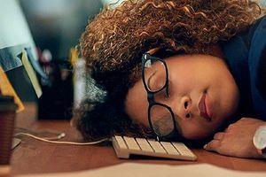 Ngủ quá nhiều, ho dai dẳng - dấu hiệu cần kiểm tra cơ thể