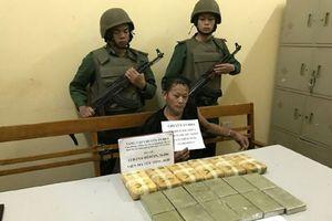 Bắt đối tượng vận chuyển ma túy lớn tại Sơn La