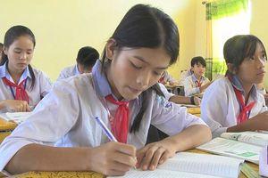Hà Tĩnh: Một học sinh nghèo trả lại 30 triệu đồng nhặt được
