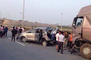 Vụ lùi xe ô tô trên cao tốc: Nhiều điều vô lý trong hồ sơ buộc tội lái xe Hoàng