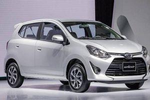 Ba chiếc ô tô nhập khẩu từ Ấn Độ có giá tới 2,2 triệu đô la