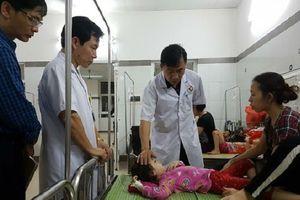 188 trẻ mầm non nhập viện nghi ngộ độc thức ăn sau bữa buffet trưa tại trường