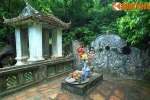 Thăm lăng mộ của bốn vị vua lập quốc nổi tiếng trong sử Việt