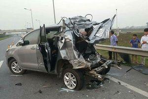 Lùi xe trên cao tốc: Đừng 'đùa giỡn' với sinh mạng con người