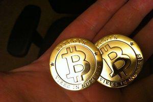 Giá Bitcoin hôm nay 16/11: Tiếp tục giảm mạnh, mò chưa thấy 'đáy'