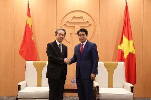Chủ tịch UBND TP Hà Nội tiếp tân Đại sứ Trung Quốc tại Việt Nam