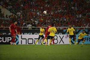 Việt Nam 2 - 0 Malaysia: Chiến thắng của lối chơi phòng ngự chủ động