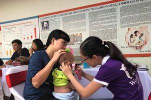 Số trẻ sinh non, cân nặng cực thấp ngày càng gia tăng