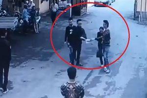 Cướp hồ sơ đấu giá đất tại UBND huyện: Camera ghi lại