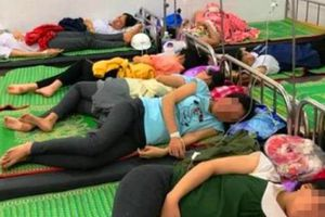 150 công nhân bất ngờ nhập viện, nghi bị ngộ độc thực phẩm