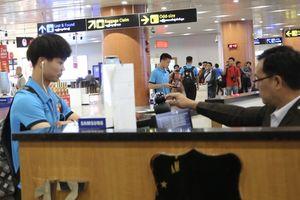 Tuyển Việt Nam đến Myanmar sớm hơn cả chủ nhà
