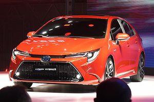 'Soi' chi tiết sedan cỡ C -Toyota Levin 2019 vừa ra mắt
