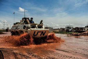 Một ngày của lính gìn giữ hòa bình Trung Quốc ở 'chảo lửa' Mali