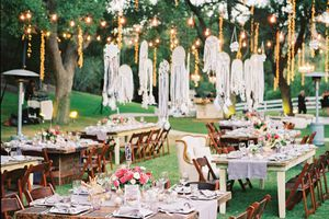 Mẹo hay tổ chức tiệc cưới ngoài trời hoàn hảo