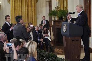 Nhà báo CNN được khôi phục 'thẻ cứng' để tác nghiệp tại Nhà Trắng