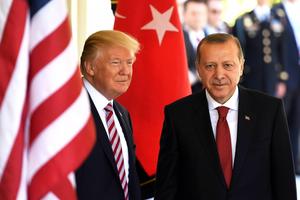 Tổng thống Thổ Nhĩ Kỳ, Mỹ điện đàm về một loạt vấn đề nóng