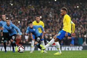 Neymar giúp Brazil đánh bại Uruguay