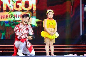 Hồng Vân, Thanh Bạch nhiều lần 'điêu đứng' vì bé Khả Hân