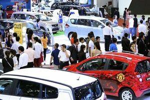 Xe Indonesia đột nhiên giảm nhập, khách Việt có thể bị 'ép giá' xe cuối năm