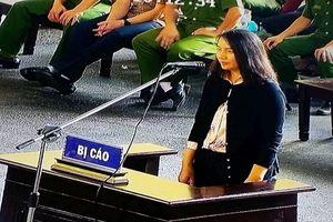 'Bóng hồng' được Nguyễn Văn Dương chỉ đạo ký hợp đồng khai không bị ép buộc