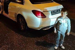 Chống đẩy liên tục hơn 4.000 lần, cậu bé 5 tuổi được tặng xe sang