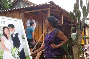 Đám cưới truyền thống của người Vân Kiều ở Quảng Bình