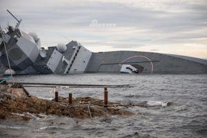 Bất lực nhìn chiến hạm 500 triệu USD của Na Uy chìm dần
