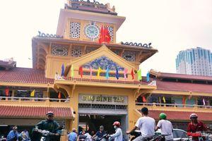 Chợ Lớn gần 100 năm tuổi ở Sài Gòn nhộn nhịp ngày trở lại sau 2 năm sửa chữa