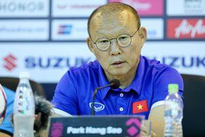 HLV Park Hang Seo nói gì khi bố trí đội hình 'lạ' ở trận thắng Malaysia?