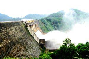 Quảng Nam: Khoảng 30 hồ chứa thủy lợi không còn phù hợp với điều kiện mưa, lũ cực đoan