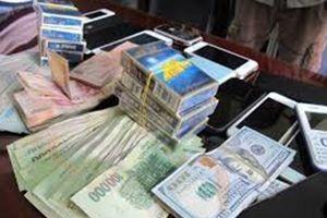 Lâm Đồng: Triệt phá sòng bạc thu tiền tỷ đồng và nhiều kiếm Nhật