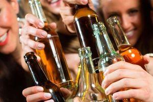 Tránh say rượu tại nơi công cộng ở Zambia nếu không muốn bị bỏ tù