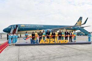 Cận cảnh tàu bay A321 Neo đầu tiên của Vietnam Airlines về Nội Bài