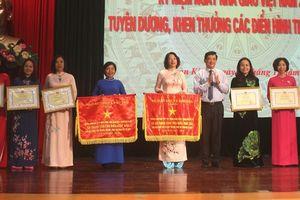 Ngành giáo dục quận Hoàn Kiếm: Tri ân ngày 20/11, những chiến công trong công cuộc 'trồng người'