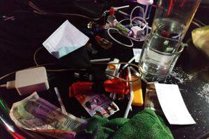 Trăm thanh niên nghi 'phê' ma túy trong quán bar ở Sài Gòn