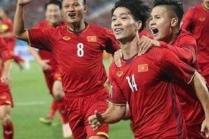 Báo Thái Lan gọi ĐT Việt Nam là... 'cơn cuồng phong đỏ'