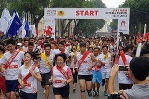 Hơn 1.000 người Việt Nam và Nhật Bản tham gia Giải chạy Kizuna Ekiden