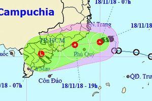 Áp thấp nhiệt đới 'ở lỳ' gần bờ biển Nam Trung Bộ